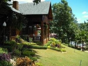 Sai Yok Country Resort & Spa
