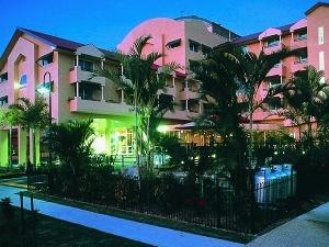 Quality Hotel Sheridan Plaza