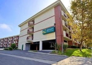 Quality Inn & Suites Irvine Spectrum