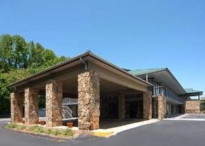 Quality Inn & Suites Mt Chalet
