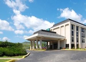 Quality Inn & Suites Elk Grove Village/O'Hare