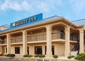Quality Inn East