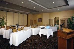 Quality Inn Valley Suites Spokane