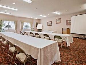 Ramada Limited Suites Spokane North