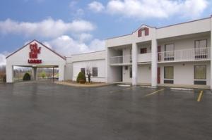 Red Roof Inn Clarksville