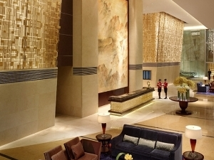 Shangri-La's China World Summit Wing