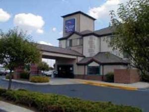 Sleep Inn Airport West