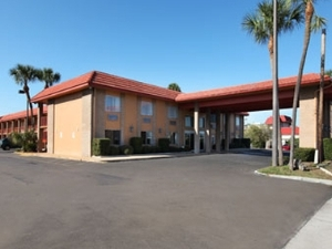 Travelodge Clearwater Central