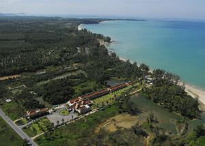 Royal Bangsak Beach Resort