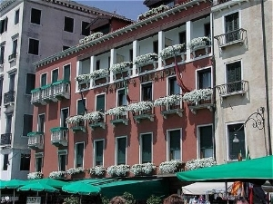 Savoia And Jolanda Hotel