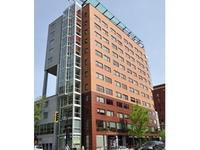 Le 1 Rene Levesque Apartment Hotel