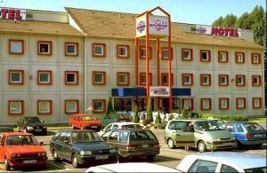 Drive Inn Hotel