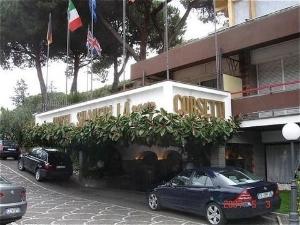 Shangri La Corsetti