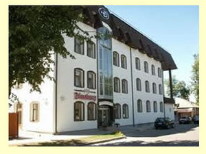 Dinaburg Hotel