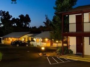 The Jackson Lodge