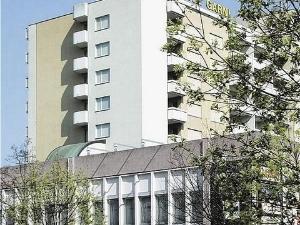 Illuster Hotel
