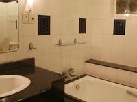 Luxury studio with relaxing bathroom & bancony
