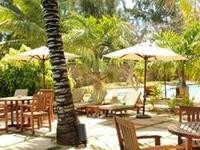 L Cdma Relax Area Around The Swimming Pool