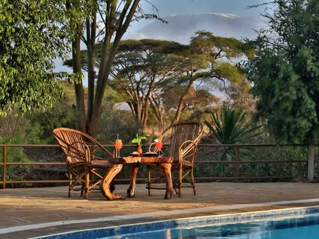 Mombasa Safari to Tsavo West, Amboseli and Tsavo East - Kenya Safari Photos