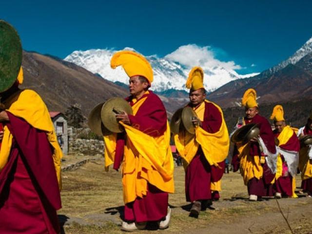 Everest Mani Rimdu Festival Photos