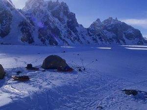 Biafo Hisper La Snow Lake Trek Photos