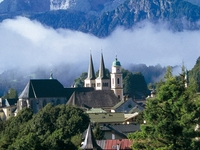 Private Bavarian Mountain Tour - Up to 8 People Per Van