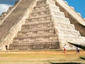 Chichen Itza a World Wonder Photos