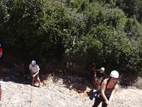 Climbing Discovery and Rappel