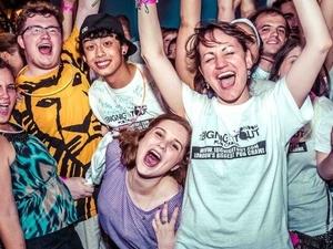 1 Big Night Out Shoreditch Pub Crawl Photos