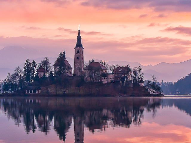 Lake Bled and Castle Tour with Old Printing Shop from Ljubljana Photos