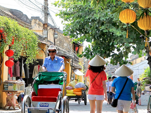 Best Hue and Hoi An Tour 4 Days Fotos