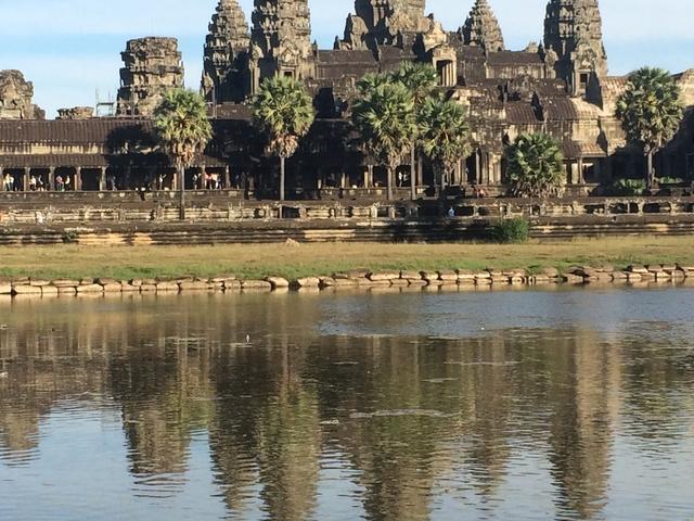 Phnom Penh - Battambang - Siem Reap Tour Photos