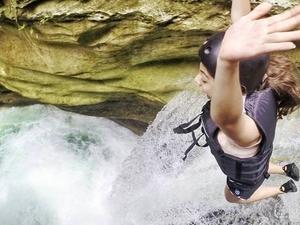 Kawasan Canyoneering Fotos