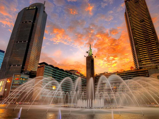 Enjoy Jakarta Photos