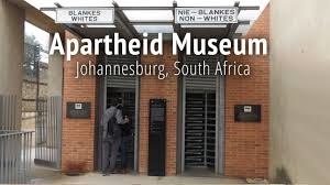 Day Tour Soweto, Apartheid Museum, Gold Reef City Photos