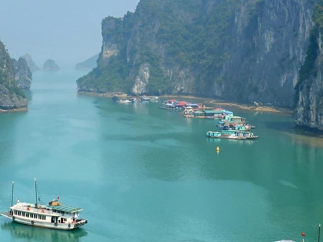 Halong Bay, Vietnam Tour Photos