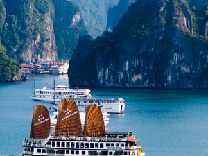 Halong Bay, Vietnam Package Photos