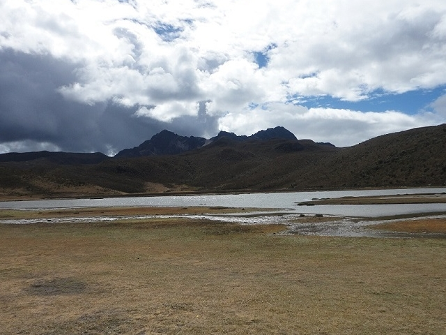 Cotopaxi Volcano & Quilotoa Lagoon Excursion from Quito Photos