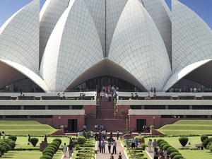 Delhi Sightseeing Full-Day Tour with Chauffeur and Guide Photos