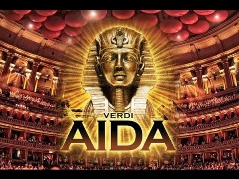 Opera Aida de Verdi en Las Piramides de Guiza Photos