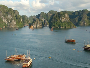 Full Day Halong Bay from Hanoi Fotos