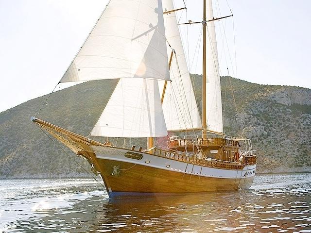 Visit 3 Greek Islands in 1 Day Agistri-Moni-Aegina Photos
