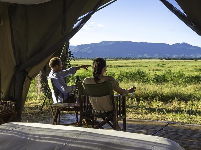 Safari & Sand Safari - Zimbabwe, Zambia & Malawi Photos