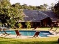 Exterior Moivaro Lodge