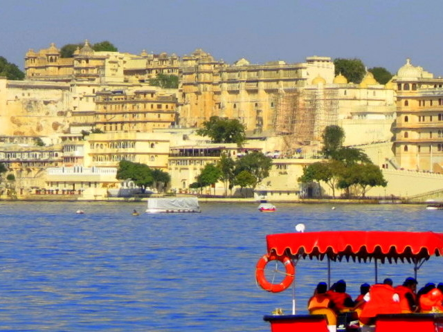 Udaipur Day Trip - City of Lakes in Rajasthan Photos