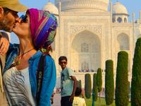 Taj Mahal Tour For Couples