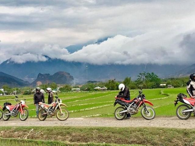 Vietnam Hung Phan Tour - Vietlong Travel & AMM Photos