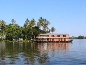 Best Short Kerala Honeymoon Package Photos