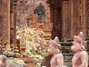 Angkor Essentials Tour 2 Days Photos