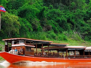 Private Mekong Cruise By Traditional Boat - 2 Days / 1 Night